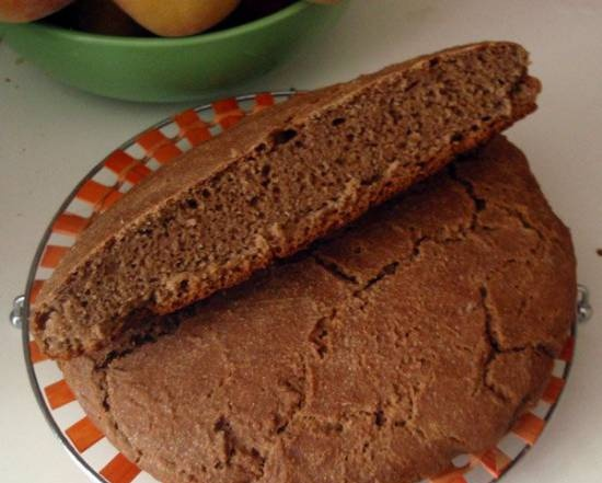 Rye molded bread with sourdough