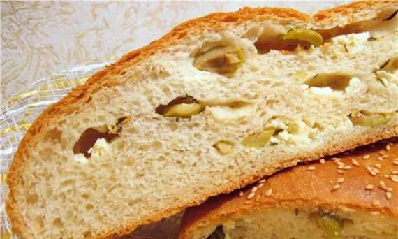 Greek bread with feta and olives (oven)
