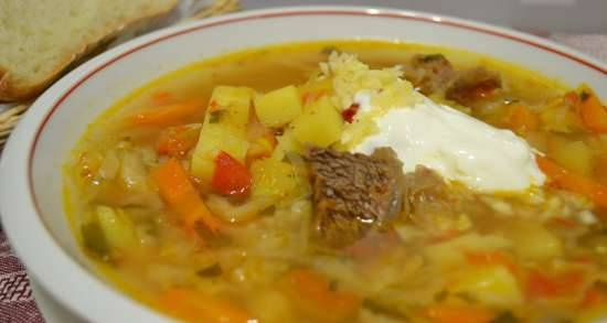 Cabbage soup with salt beef and fresh cabbage