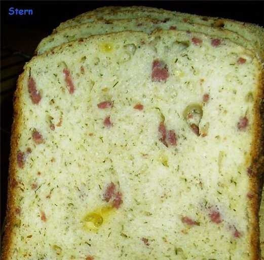 """Bread """"Snack"""" (with cheese, dill and salami) (bread maker)"""