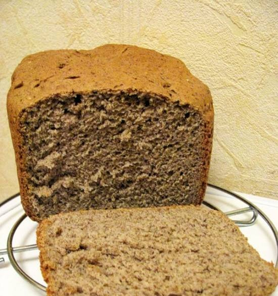 Wheat bread with flax flour and seeds