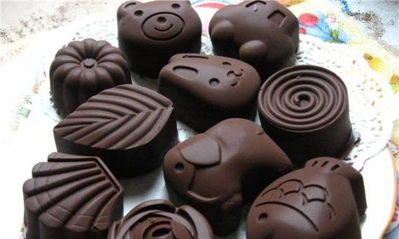 Chocolate sweets with waffle filling.