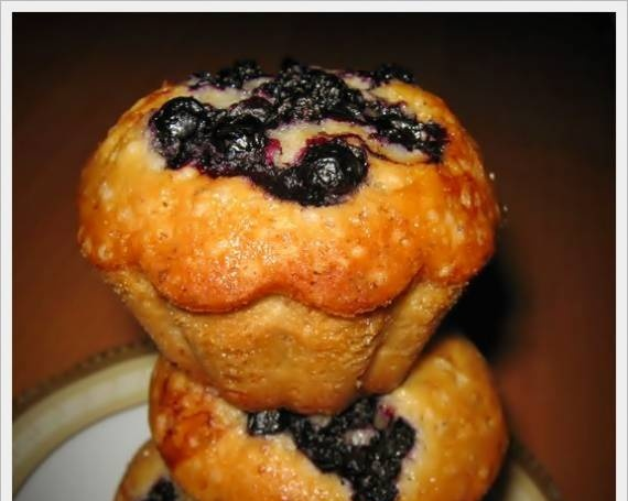 Muffins with berries on proteins