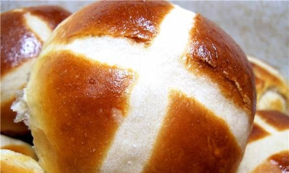 Easter buns