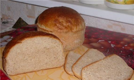 Wheat and barley bread in the oven