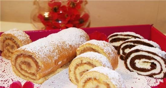 Biscuit roll, baked with filling