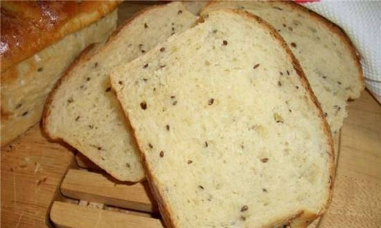 Potato sour cream bread with flax seeds in the oven
