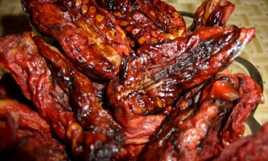 Sun-dried tomatoes, sweet and sour with soy sauce