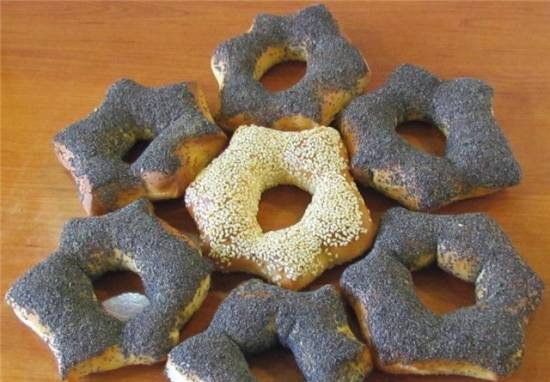"""Buns - """"stars"""" with poppy seeds (oven)"""