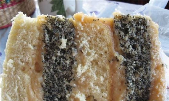 Sponge cake with poppy seeds and condensed milk mousse