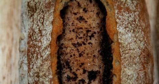 Bread with olives (oven)