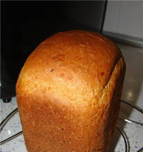 Bread with dried tomatoes (bread maker)