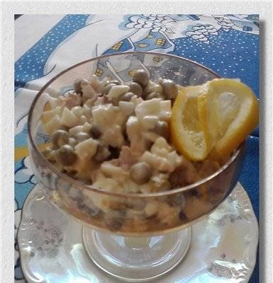 """""""Sadko"""" salad (with cod liver and krill meat)"""