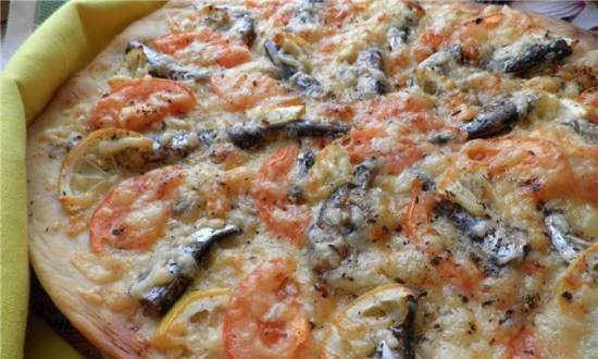 Pizza with sprats