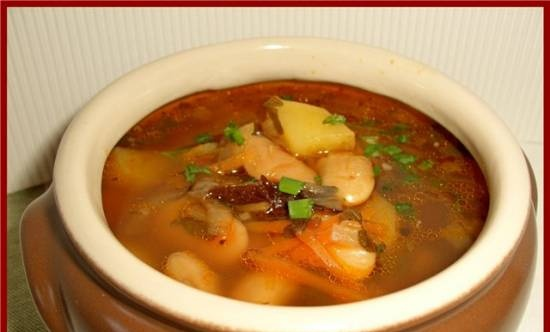Soup with lima beans and prunes