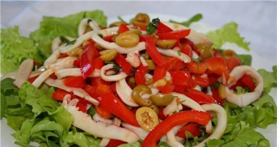 Warm vegetable salad with squid