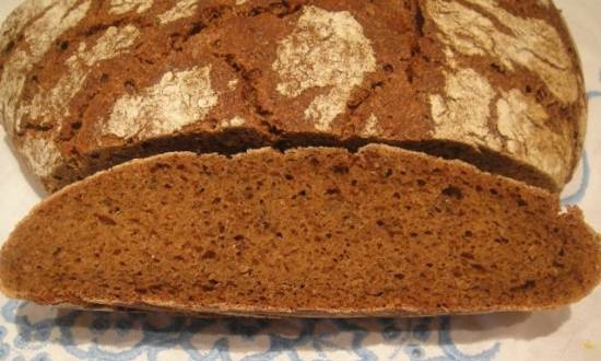 Homemade rye-wheat bread with sourdough (oven)