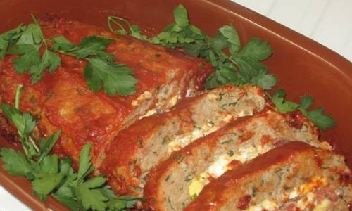 Meatloaf with spicy filling