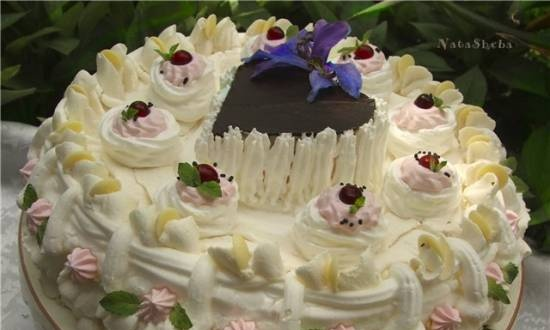 """Meringue cake from the movie """"Say a Word about Poor Hussar"""""""