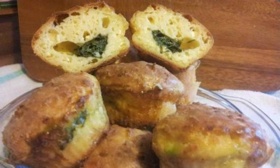 Curd muffins with spinach