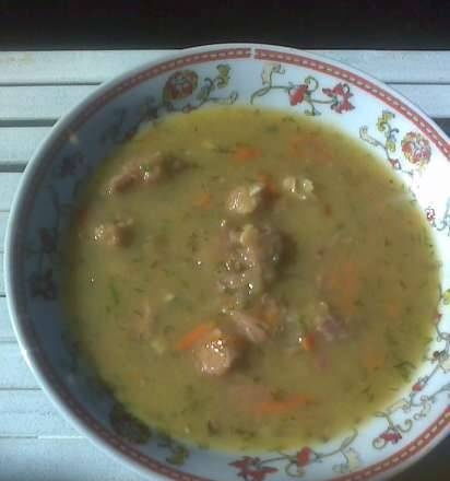 Bavarian puree soup (and in Russian - Liquid pancakes)