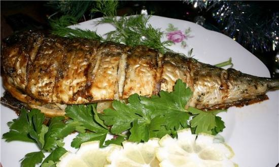 Aromatic baked mackerel with onions