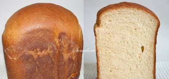 """Wheat bread """"Cheese slice of Italy"""" in a bread machine"""