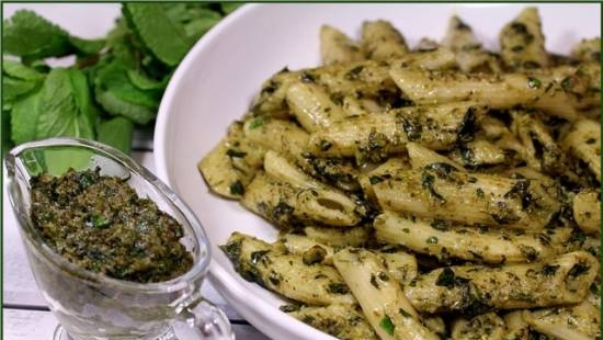 Pasta with mint ginger pesto