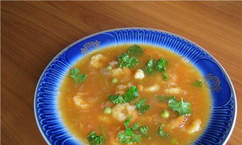 Spicy soup with shrimps