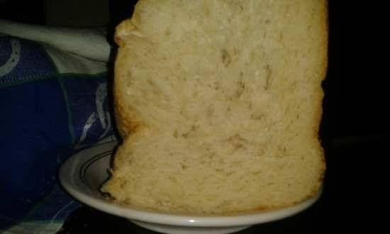 Wheat bread in milk with potatoes and green onions