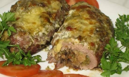 Pork rolls with spicy filling