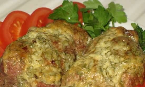 Pork rolls with egg and tomato filling