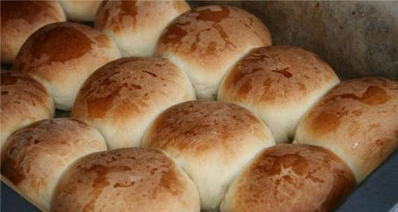 Buns with cottage cheese (Buchteln)