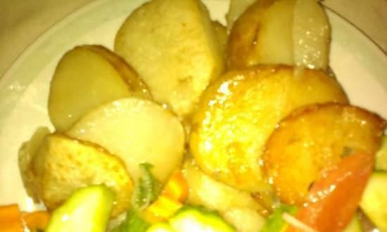 Rustic potatoes in a slow cooker