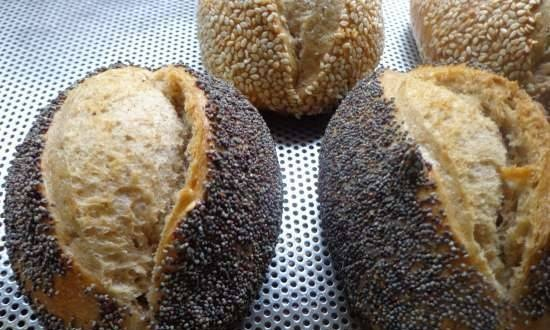 Sesame and poppy seed buns