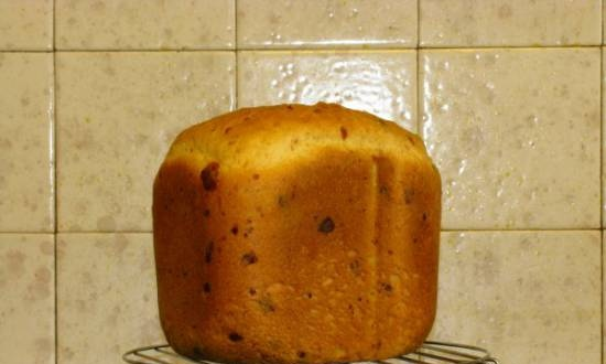 Cheese and garlic bread in a bread maker