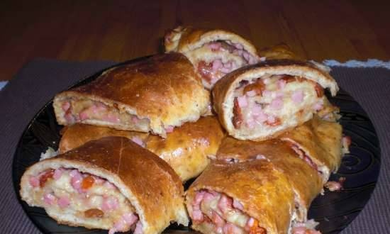 Filled bars (ham, cheese, dried tomatoes)