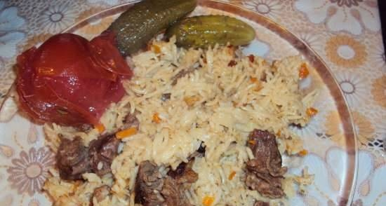 Pilaf with beef in a multicooker Bork U800