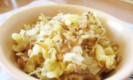 Pasta with cabbage