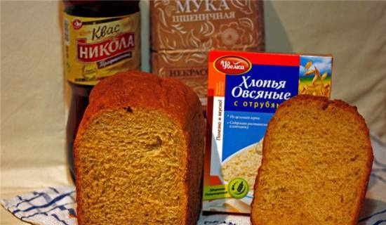 """Panasonic SD-2501. Wheat bread """"Summer leaven"""" with oatmeal and bran in a bread maker"""