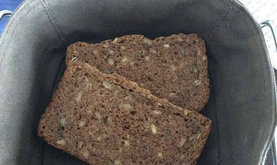 Whole-grain nut bread with seeds