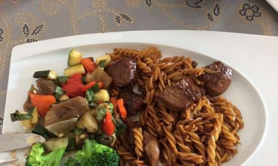 Lamb in sauce with vegetables