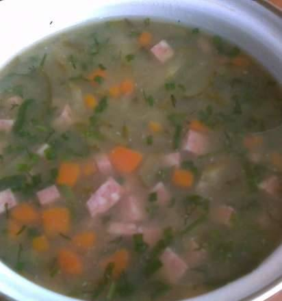 Cold pea soup with smoked meats