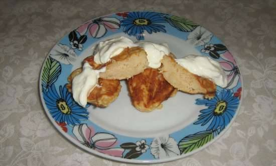 Cottage cheese and apple pancakes in a Steba SG40 sandwich maker