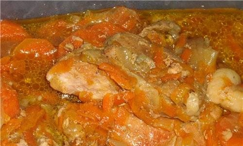 Pork in its own juice in a slow cooker