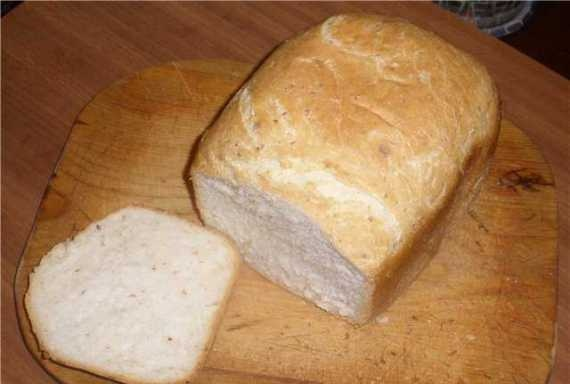 Fragrant bread with pigtail cheese (bread maker)