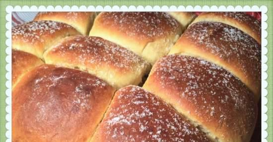 Honey yeast buns in 30 minutes