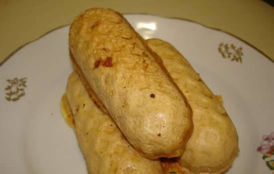 Omelettes stuffed with meat and cheese in a sausage machine Smile 3633