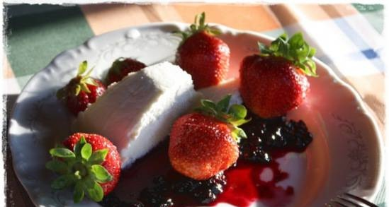Soft cheese made from goat milk