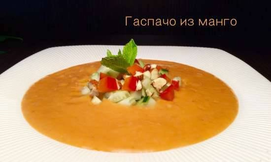 Gazpacho made from tomatoes, peppers and mango